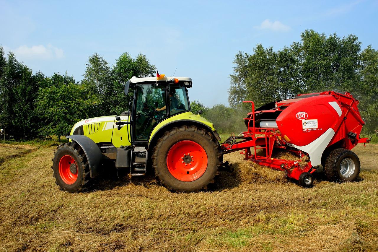 Far Tractor